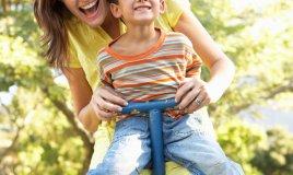 giocare gioco genitori figli creatività quotidiano mamma mamme donne donna