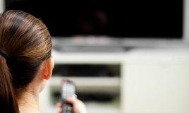 potere telecomando comandare donne donna