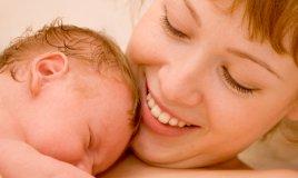 mamma e neonato