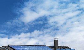 pannelli solari economia domestica risparmio manutenzione pulizia specchi