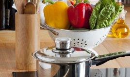 piano cottura pulito cucina