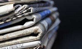 pulizie casa spazzolino cotton fioc limetta giornali riviste collant gambaletti