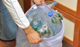 plastica riciclo raccolta differenziata biodegradabile utilizzo