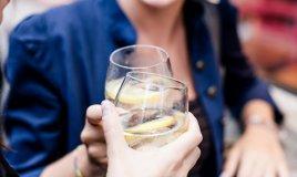 bere vino alcol aperitivo salute dieta