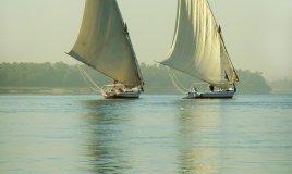 Viaggi: in Egitto navigando in feluca sul Nilo