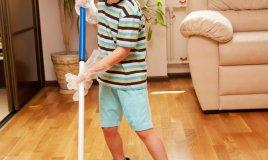 lavoretti famiglia aiutare gioco bambini pulizie casa