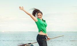 pulizie casa esercizi dimagrire sport