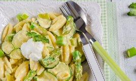 pasta fresca trofie gnocchetti orecchiette zucchine asparagi uovo