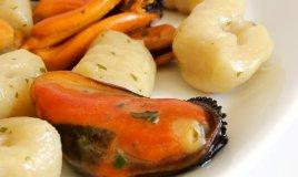 gnocchi patate cozze rucola