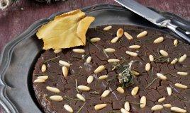 castagnaccio torta castagne farina uvetta rosmarino olio