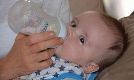 rigurgito neonato