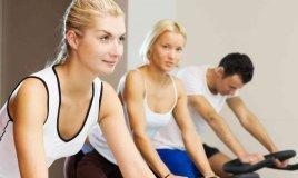 Spinning bike benefici e controindicazioni
