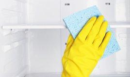 Mini guida alla manutenzione del frigo prima delle vacanze