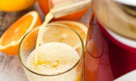 Frullatore o centrifuga: quale scegliere per un bicchiere di benessere?