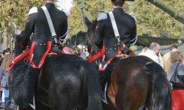 sognare carabinieri in divisa significato