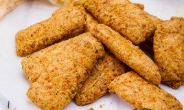 biscotti formaggio ricotta provolone