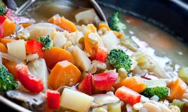 Cucinare con lo slow cooker. Tutti i vantaggi della cottura lenta