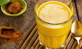 Golden milk: l'elisir a base di curcuma