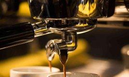 come pulire la macchina del caffè espresso