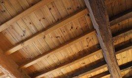 come pulire il soffitto