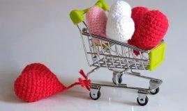 cuori uncinetto san valentino, decorazioni san valentino, decorazioni san valentino cuori crochet, cuori crochet san valentino