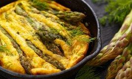 frittata, patate, asparagi