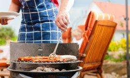 Barbecue tutto l'anno: i tagli di carne migliori per una grigliata perfetta e come cucinarli.