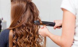 lisciare capelli ricci