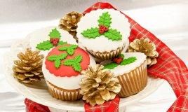 cupcake natale pasta di zucchero, cupcake natalizi
