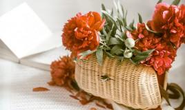 borsette fiori freschi, borsette floreali, decorazioni matrimonio, bouquet sposa borsetta