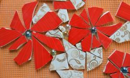riciclare pezzi di ceramica, come fare mosaico