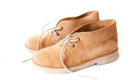 come pulire scarpe scamosciate