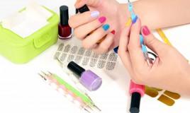 smalto adesivo, nail art, unghie