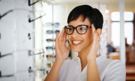 Come scegliere la montatura degli occhiali da vista giusta: 6 consigli per non sbagliare