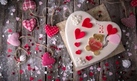 torta a forma di cuore pasta di zucchero, torte in pasta di zucchero immagini, torte a forma di cuore