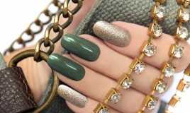 nail art, smalto glitter, brillantini