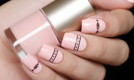 nail art, smalto rosa, decorazioni