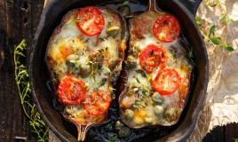 melanzane ripiene vegetariane, verdure, mozzarella