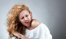 pettinare capelli ricci, evitare danni, lavare chioma