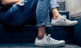 come aggiustare scarpe ginnastica, riparare scarpe ginnastica