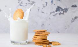 biscotti della nonna, inzuppare nel latte, ricetta facile veloce