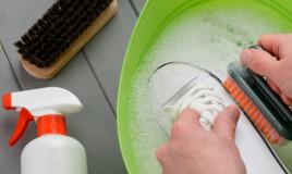 come pulire scarpe bianche tela, come pulire scarpe bianche, come pulire scarpe tela