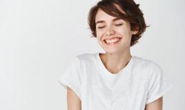 denti bianchi, rimedi naturali, sbiancare smalto
