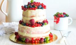 torte decorate con frutti di bosco, decorazioni torte frutti di bosco