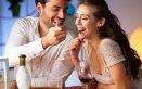 coppia cibo cena amore