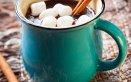 Classica e rivisitata: tante idee per fare in casa la cioccolata calda