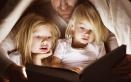 Leggere le fiabe ai bambini: 4 buone ragioni per continuare a farlo