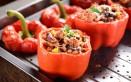 peperoni al forno, tonno, olive
