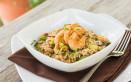 insalata di riso, zucchine, gamberetti