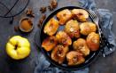 mele cotogne, forno, zucchero e cannella